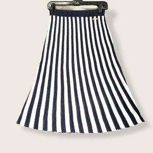 NWT Michael Kors pleated A-line knit skirt